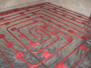 wodne ogrzewanie podłogowe w niskich temperaturach